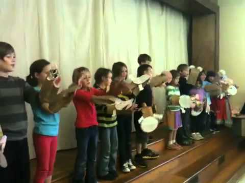 Spanish Play by Alabama Waldorf School 2nd Grade
