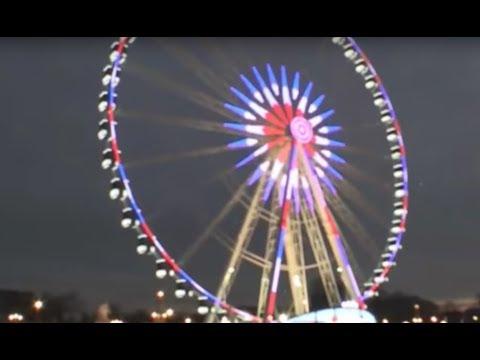 Champs Elysées, dans le reflet de la ville lumière