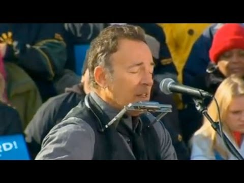 US Election 2012: Bruce Springsteen joins Barack Obama on final day of campaigning