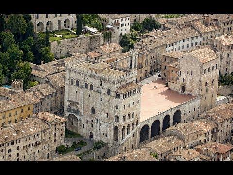 Gubbio - Cosa Visitare In Un Giorno Nella Più Antica Città Medievale Dell'Umbria