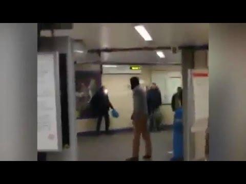 """Attaque au couteau dans le métro de Londres, la police évoque un """"acte terroriste"""""""