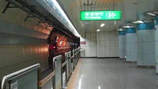 大邱都市鉄道2号線2000系 沙月駅到着