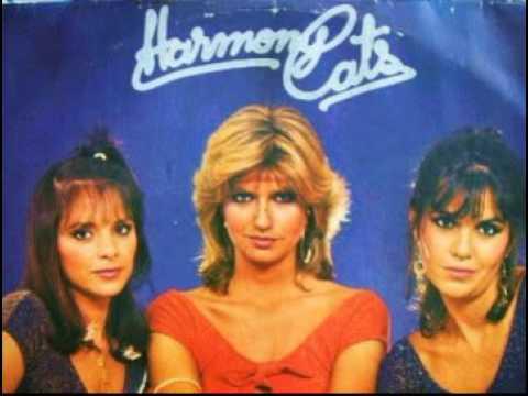 * Giliard e Harmony Cats -  Eu amo amar você.(Eco))))