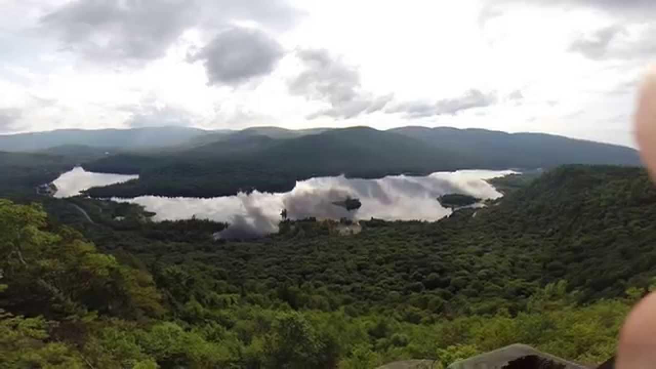 Lac monroe belv dere de la roche au mont tremblant youtube for Lac miroir mont tremblant