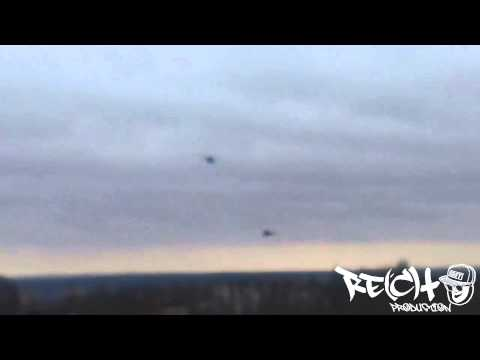 Военный вертолет в г.Артемовск,ул.Леваневского (новый район ) 11.04.14 I By Re(c)t0
