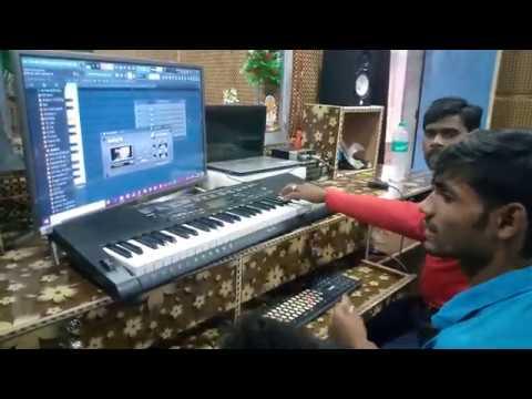 Singer Lokesh Chanchal S.M Studio Shakurabad Me Dj Suraj Se Kiya Bola