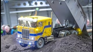 Stunning Scale Mix Compilation! RC Trucks! Cranes! And more!
