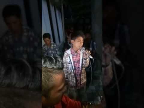 Anak kampung sabu soe paling jago nyanyi(1)