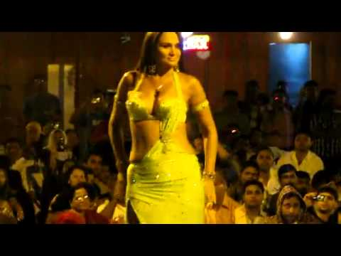 Dubai Desert Safari-Belly dance-AL BASRAH TOURISM