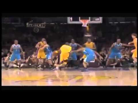 Kobe Bryant dunks on Emeka Okafor then Carl Landry [HD] 4 26 11