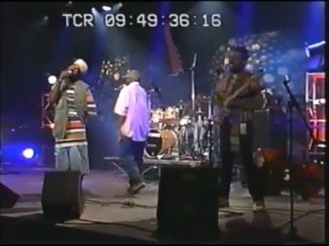 The Roots - Live in Montreux 1994 - Proceed / Distrortion To Static / Mellow My Man
