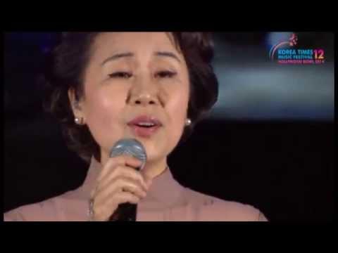 "The 12th Korea Times Music Festival - 심수봉 Sim Soo Bong ""Oh My Bride 나의 신부여"""