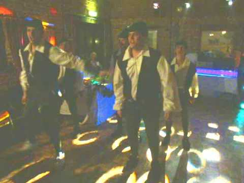 Robin Hood: Men in Tights Dance at a Wedding - the Encore