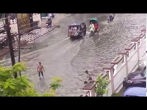 Raod Convert into River at Jaipur Adarsh Nagar VGL office July 17th 2014