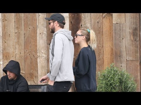 Liam Hemsworth And Miley Cyrus Sharing Shopping Duties In Malibu
