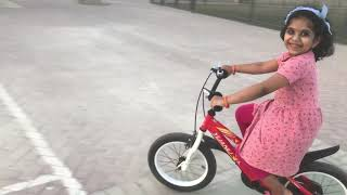5 year old Kid Learn Ride A Bike,  Learn to Ride a Bike without Training Wheels with ESTHER!