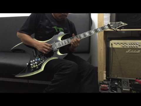 KEREN BANGET | Gitar ini sudah Diperssenjatai dengan Efec efec yang mampuni di dalamnya..!!!