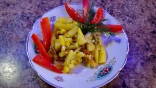 Картошка с грибами и чесноком / Potatoes with mushrooms and garlic