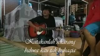 Video Suara Emas Pengamen Bandung - Asal Kau Bahagia (Armada) download MP3, 3GP, MP4, WEBM, AVI, FLV Juni 2018