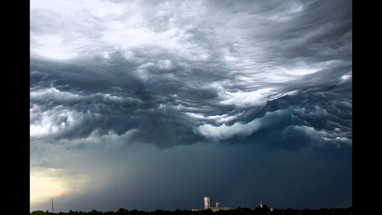 Des vagues de nuages