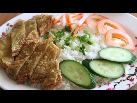 Tau Hu Ky Cuon Tom Chien Gion (Crispy Bean Curd Shrimp) with Broken ...