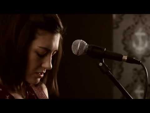Passenger - Let Her Go (Boyce Avenue Feat. Hannah Trigwell)