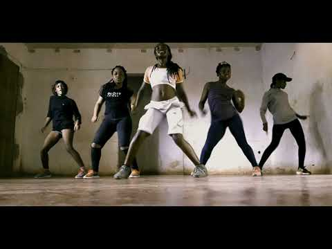 PHIL B - Qui T'a Fait Ça demo dance by One Peace Dance Crew