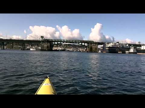 Kayaking Seattle's Ship Canal