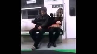 Repeat youtube video 地鐵色狼裝睡揩油身邊美女