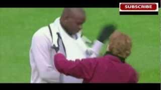 Самые курьёзные и самые смешные моменты в футболе!!!
