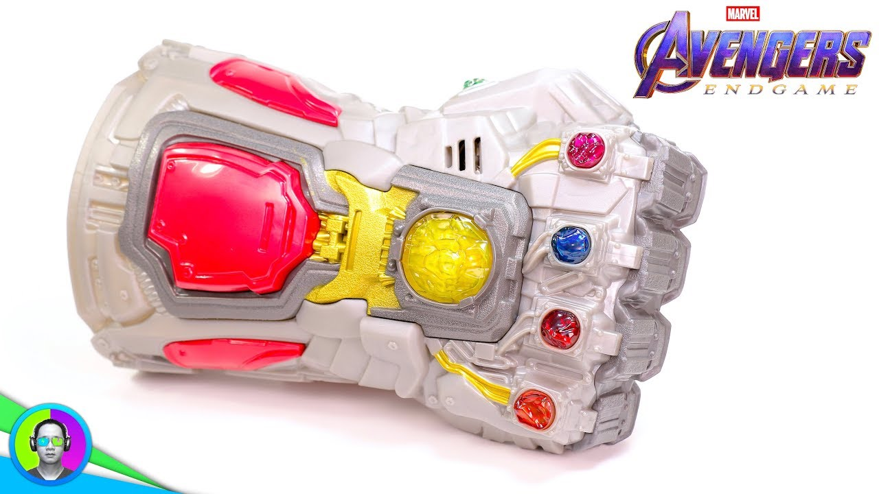 Toy Reviews Infinity Gauntlet Avengers Endgame Version Review