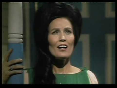 Loretta Lynn - Dear Uncle Sam (2)