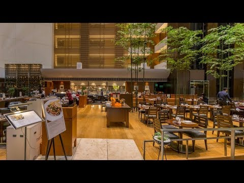 JAPAN – Intercontinental Hotel the Strings  | Video 33
