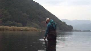 湖北でウェーディングの釣りを楽しんでます。 静かで雰囲気良くってお気...