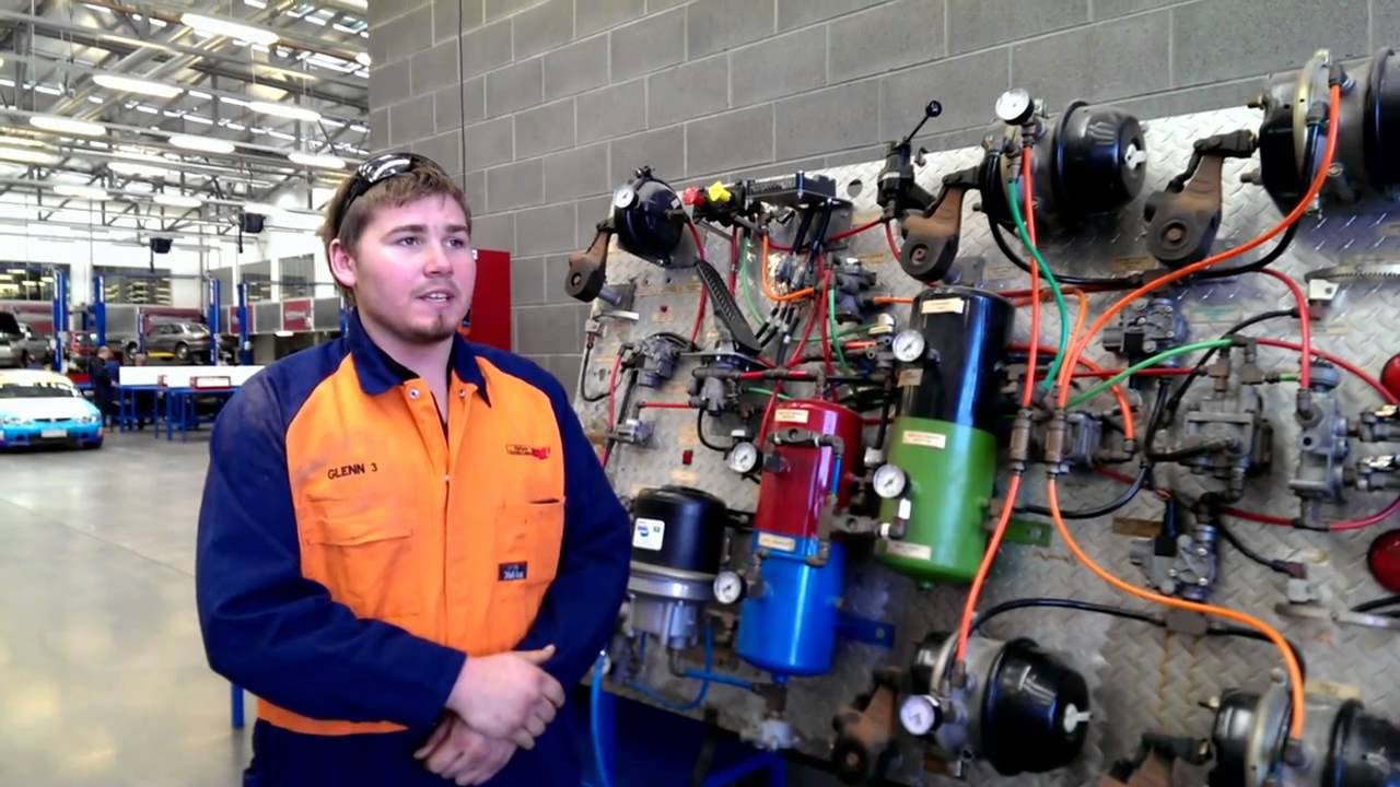 Glenn - Apprentice Heavy Vehicle Mechanic - YouTube