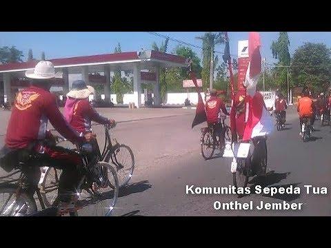 Komunitas Sepeda Tua Onthel Jember Keren Banget