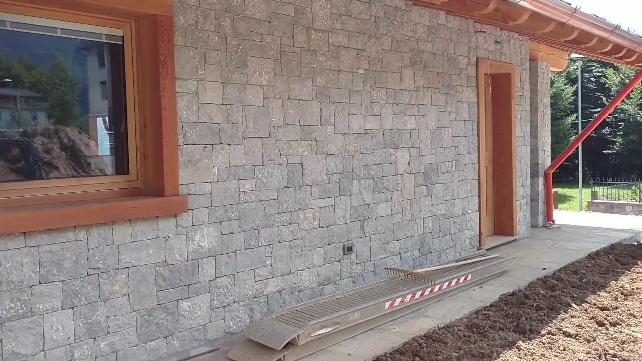 Rivestimento Esterno In Pietra Naturale : Rivestimenti e pavimenti in pietra naturale per villa di montagna
