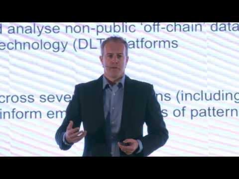 Garrick Hileman introducing the Cambridge Global Blockchain Benchmarking Study, Shanghai Sept 2016