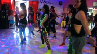 "Video zumba "" Kun Anta By Humood Alkhudher- choreo by  Chenci /Jiwat Studio Bontang-Pre coolin down download MP3, 3GP, MP4, WEBM, AVI, FLV Oktober 2017"