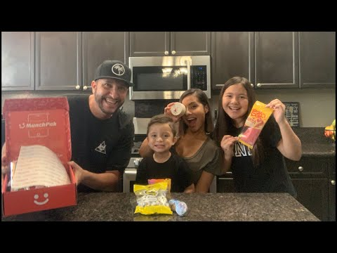ODM (Voice Of Thee I.E.) - The RVG Fam And I Review INTERNATIONAL SNACKS!! 😋