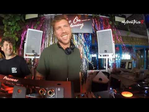 Cesar Vincent B2B Isbel X Keep On Dancing At Bora Bora Ibiza © Www.Allaboutibizatv.net