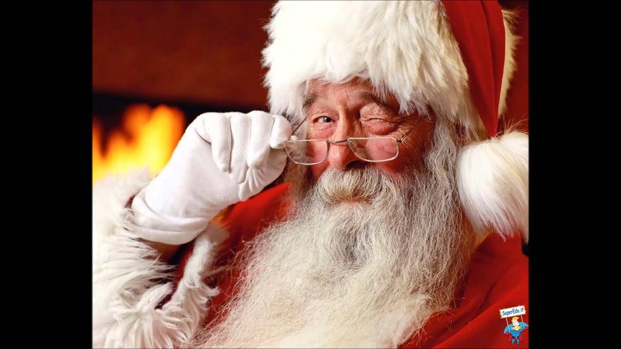 Babbo Natale 105.Lo Zoo Di 105 Babbo Natale E Un M A
