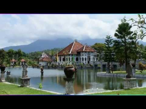Top 10 Tourist Attractions in Indonesia | Tourism History Taman Kertha Gosa Klungkung Palace Part#1