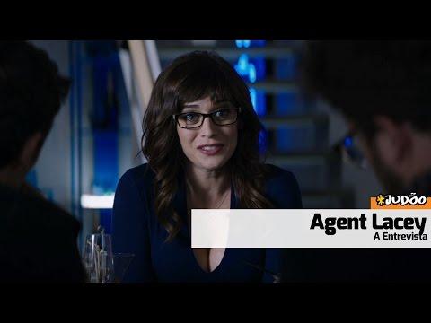 A ENTREVISTA | Meet AGENT LACEY (HD) Lizzy Caplan