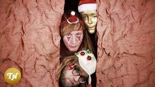 Gambar cover Lucky Fonz III - Kerstfeest (Eenzaam Met Z'n Allen) ft. Alma Mathijsen en Daan Doesborgh