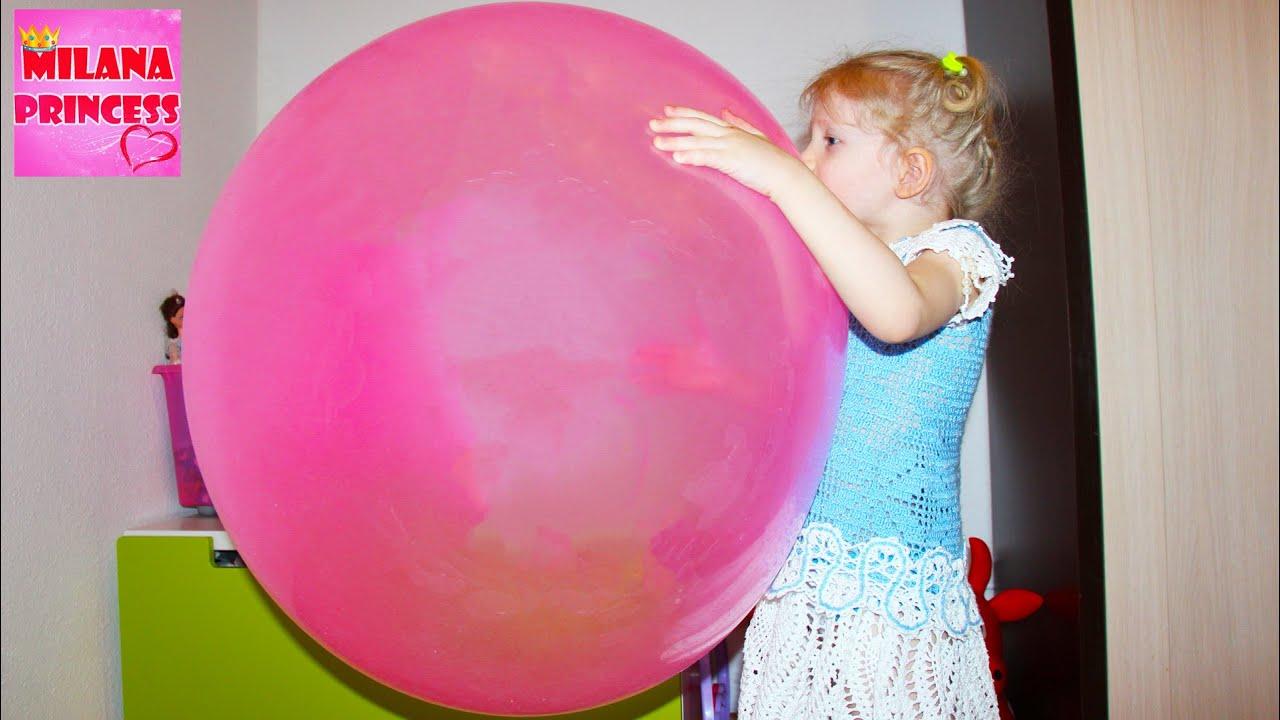 Гигантский пузырь wubble bubble ball играемся с мячом. Giant pink ball, kids video