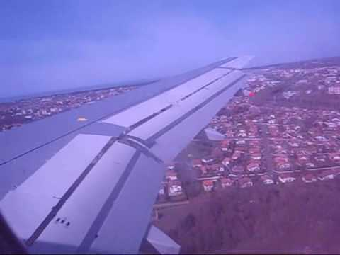 LANDING BIARRITZ AIRFRANCE AIRBUS A320