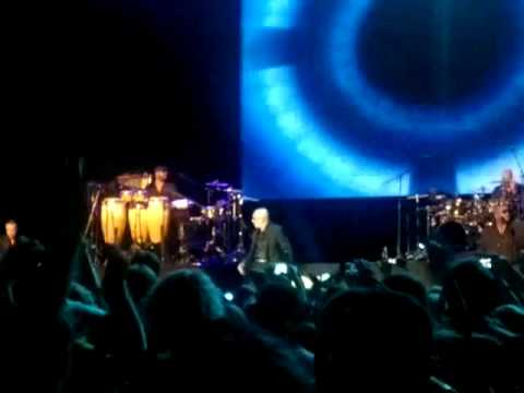 Pitbull - DJ Got Us Falling In Love Again Live in Moscow 30-05-2012