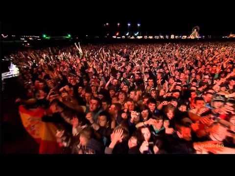 Muse - Hysteria - Oxegen Festival 2010 - Live HD