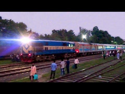 Bandhan Express - Khulna To Kolkata International Passenger Train Of Indian Railway thumbnail